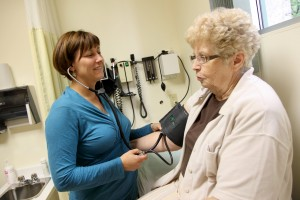 Doctor-patient-Arvisais-Larose. Photo Owen Egan.