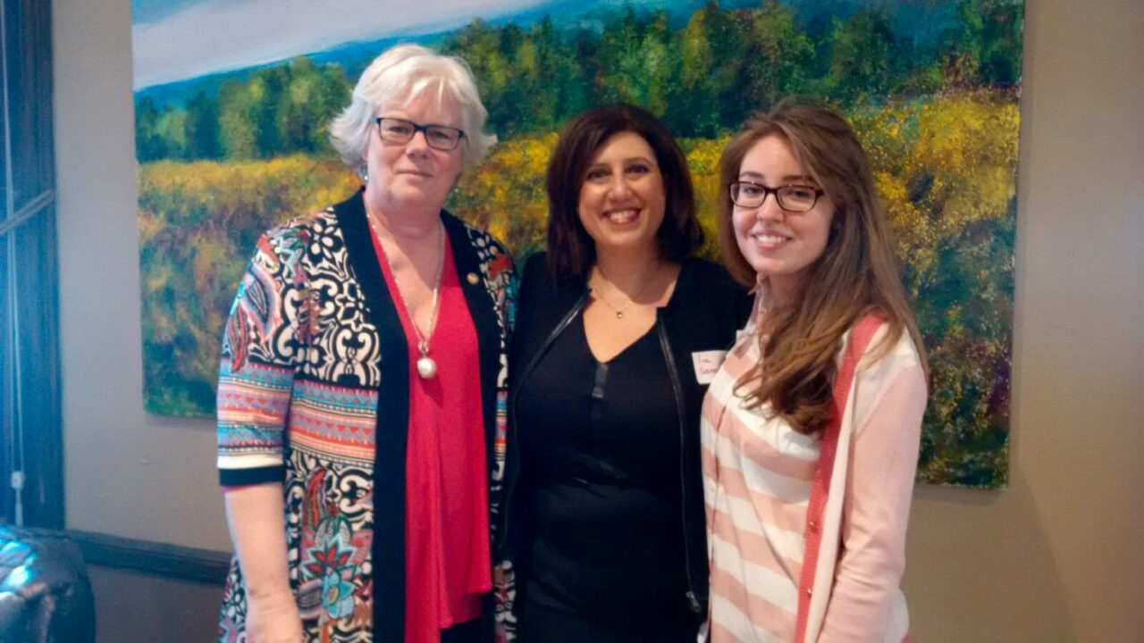 Lia Sanzone (center) with Prof. Madeleine Buck (left) and BScN U3 student Rebecca Medvedev (right), who nominated her for the award.