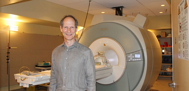 A project led by MNI researcher Douglas Arnold has been awarded $6.1 million to study progressive multiple sclerosis. / Photo: Shawn Hayward